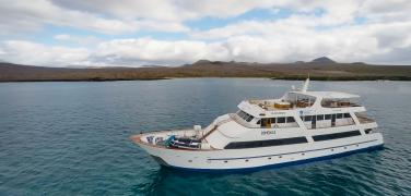 Ecuador Tours, Galapagos First Class Cruises, Sea Star Motor Vessel