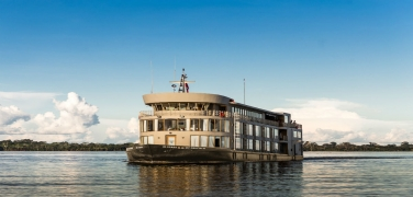 peru-delfin-iii-riverboat-amazon