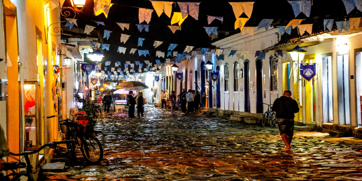 Discover Brazil Paraty Night
